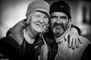 Thế giới - Ảnh: Người vô gia cư co ro trong giá lạnh ở London