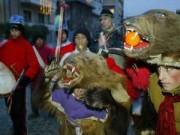 Du lịch - Phong tục đón năm mới kỳ lạ ở các quốc gia trên thế giới