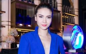 Ngôi sao điện ảnh - Yến Trang sang trọng dự tiệc
