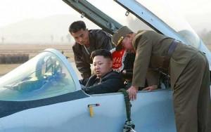 Tin tức trong ngày - Ông Kim Jong-un khoe tài lái máy bay ngày đầu năm mới