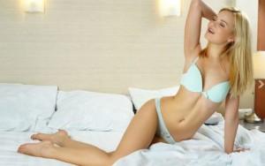 Thể dục thẩm mỹ - 6 động tác tạo dáng đẹp khi nằm ngửa