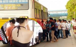 """""""Quấy rối"""" trên xe buýt: Lỗi tại """"hớ hênh""""?"""