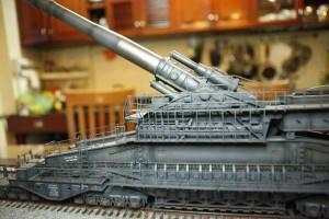 Tin tức trong ngày - Xem dân chơi mô hình quân sự lắp ráp siêu pháo Dora