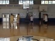 Clip Đặc Sắc - Ngoạn mục bóng rổ: 5 phút ghi 100 điểm