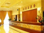Cẩm nang tìm việc - Những điều ít biết về nghề lễ tân khách sạn 5 sao