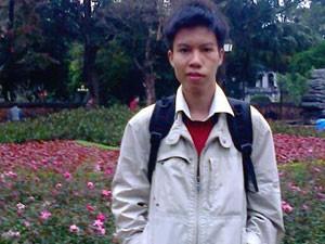 8X + 9X - Hành trình nuôi chữ của chàng sinh viên liệt nửa người