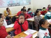 Giáo dục - du học - Đỏ mặt khi học về giới tính, nhận quần lót từ giáo viên