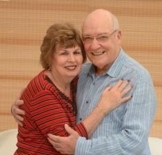 Bạn trẻ - Cuộc sống - Cảm động câu chuyện tìm lại mối tình đầu sau 50 năm