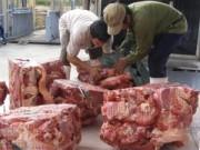 Thị trường - Tiêu dùng - Tiêu hủy 840 kg thịt bò bơm nước