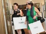 Thời trang - Các thói quen mua sắm nhanh khiến bạn cạn túi nhất!