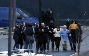 Tin tức trong ngày - Bắt cóc ở Pháp: Cả 3 tay súng đã bị tiêu diệt, 4 con tin thiệt mạng