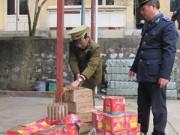An ninh Xã hội - Ngồi tạm giam vẫn điều hành đường dây buôn pháo lậu