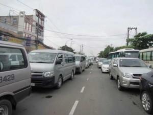 """Tin tức Việt Nam - """"Chỉ được mua ô tô khi có bãi đậu"""": Kẻ mừng người lo"""