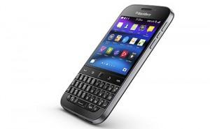 Dế sắp ra lò - BlackBerry Class giá 10,5 triệu đồng sẽ 'lên kệ' ngày 16/1
