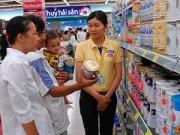 Giá cả - Giá sữa bị thao túng trước khi vào Việt Nam
