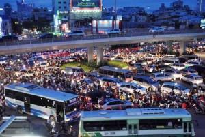 """Tin tức Việt Nam - TP.HCM: Những quy định hạn chế ô tô từng… """"phá sản"""""""