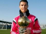 Ngôi sao bóng đá - Ronaldo đồng loạt khoe bóng vàng lẫn giầy kim cương