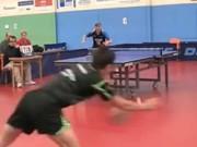 Thể thao - Bóng bàn: Cú trái ''né lưới'' ghi điểm ngoạn mục