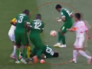 Video bóng đá hot - Mặc đồng đội chấn thương, hồn nhiên biểu diễn