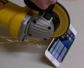 Điện thoại - Chuyện gì xảy ra khi iPhone 6 đối mặt máy cưa?