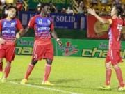 Bóng đá Việt Nam - Vòng 3 V-League: B.BD hút chết, HN.T&T ôm hận