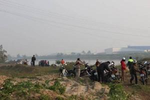 Tin tức Việt Nam - Tìm thấy xác nam thanh niên nhảy cầu vì tình ở Hải Dương