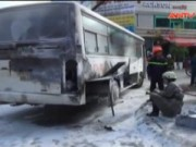 Video An ninh - Ô tô đưa đón học sinh bốc cháy ngùn ngụt giữa đường