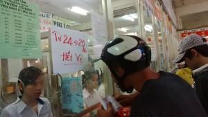 Tin tức trong ngày - Mở bán vé xe Tết ở TP.HCM: Nơi vắng hoe, chỗ cạn vé