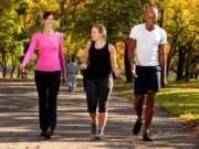 Sức khỏe đời sống - Đi bộ theo nhóm giúp giảm đột quỵ, đau tim, trầm cảm