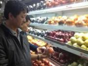 Giá cả - TP.HCM: Táo nhập từ Mỹ vẫn bày bán tại một số siêu thị lớn