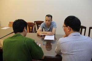 """Tin tức Việt Nam - Giám đốc """"tạp chí Gay Việt"""" tổ chức đánh bạc ngàn tỷ"""