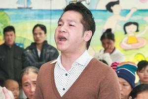 Ngôi sao điện ảnh - Trọng Tấn tặng lì-xì cho trẻ em ung thư