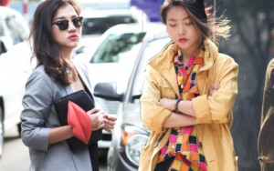 """Thời trang - Bạn trẻ Sài thành điệu đà trên phố """"mùa đông"""""""