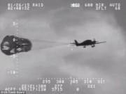 Thế giới - Hết xăng giữa đại dương, máy bay bung dù thoát hiểm