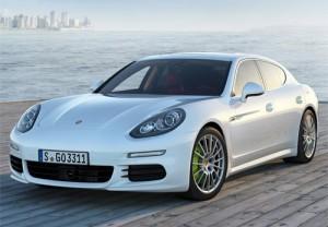 Tư vấn - Porsche thu hồi 13.500 xe Cayenne và Panamera