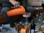 Bản tin 113 - Rùng mình phát hiện cơ sở sản xuất rượu bằng phẩm mầu