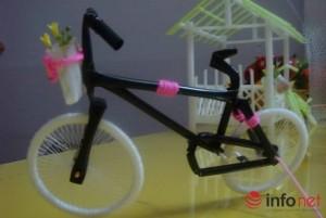 Giáo dục - du học - Cô giáo trẻ sáng tạo đồ chơi độc đáo từ những thứ vứt đi