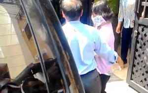 An ninh Xã hội - Nữ cán bộ Hải quan sân bay Tân Sơn Nhất câu kết buôn lậu