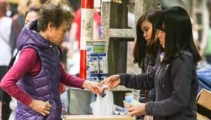 Thị trường - Tiêu dùng - Nhãn mác sữa lập lờ, người tiêu dùng thiệt hại