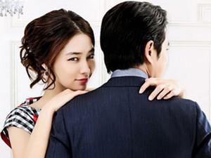Vợ Lee Byung Hun hóa thân thành bà vợ tinh quái
