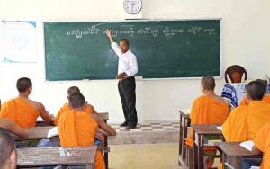 Giáo dục - du học - Ngôi trường thỏa ước mơ của người Khmer