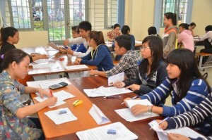 Giáo dục - du học - Tuyển sinh ĐH-CĐ 2015: Rút - nộp hồ sơ khó cho thí sinh ở xa