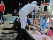 Video An ninh - Ngộ độc sau khi ăn trưa, 80 công nhân nhập viện