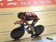 Các môn thể thao khác - Điều chưa ai làm được: 1 giờ đạp xe 52km