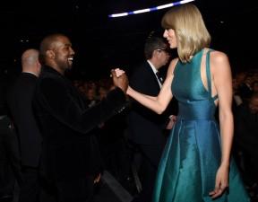 """Sao ngoại-sao nội - Taylor Swift và Kanye West bất ngờ """"làm lành"""" tại Grammy"""