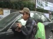 An ninh Xã hội - Camera giấu kín: Bẻ trộm gương ô tô giữa ban ngày