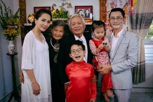 Ca nhạc - MTV - Hoàng Bách khoe bố mẹ và vợ con trong MV mới
