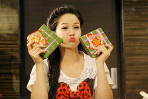Ngôi sao điện ảnh - Nhật Kim Anh hồi teen đáng yêu trong MV Tết