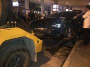 Tin tức Việt Nam - TP.HCM: Siêu xe bất ngờ tăng tốc tông 11 người