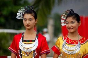 Tin tức trong ngày - Khám phá ngày lễ Tình yêu độc đáo của người Lê ở TQ